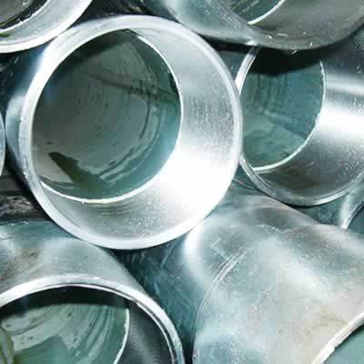 Threaded galvanized pipe
